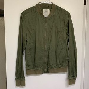 Green H&M bomber utility jacket _ light weight